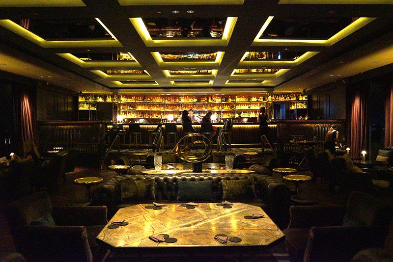 Asia S Best Bars 2018 Review Manhattan Bar At Regent Singapore