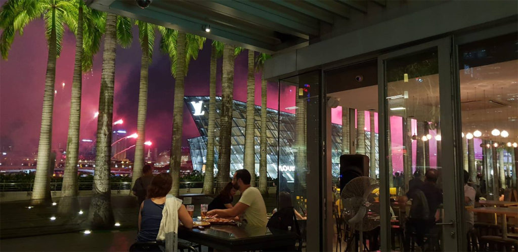 Bazin A Great Vantage Point Of Marina Bay Sands Light Show